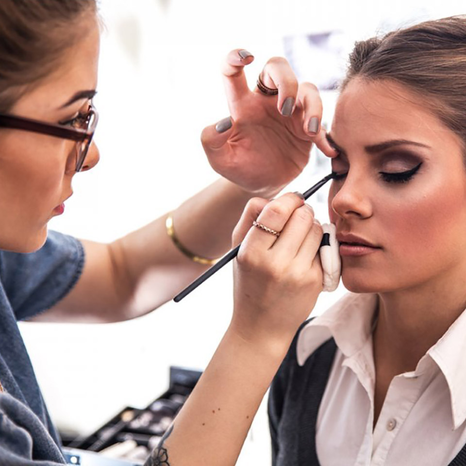 make-up-artist-diploma-course-1