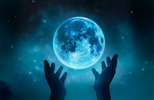 Moon Magic: The Impact of the Lunar Cycle on Magical Activities