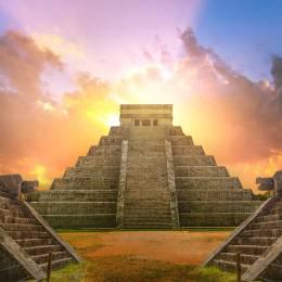 Maya and Aztec History Diploma Course